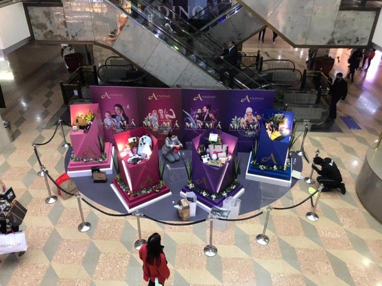 Cajas de regalos en el Centro Comercial Andino